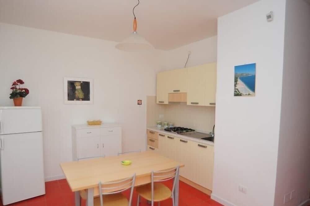 Apartman, 2 spavaće sobe (6 Pax) - Obroci u sobi