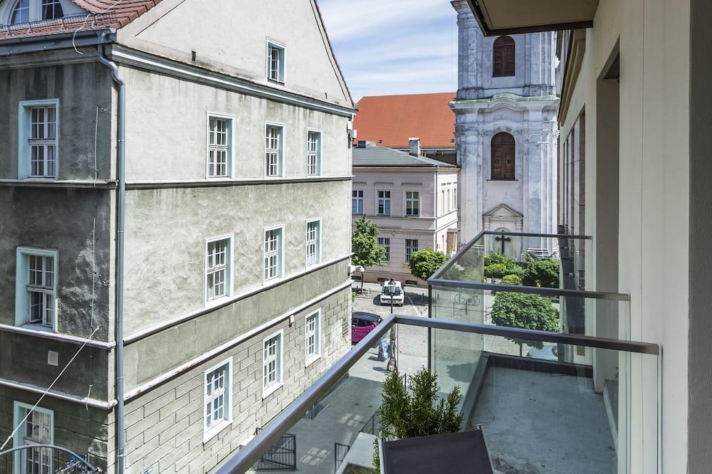 Apartemen Deluks, 1 Tempat Tidur Queen dengan tempat tidur Sofa (2nd floor, Dominikanska Street) - Balkon