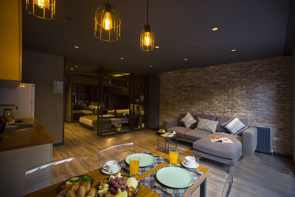 Room, 1 Bedroom, Garden View - Living Area