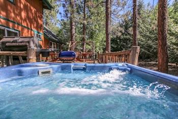 תמונה של Abe's Cool Cabin בביג בר לייק