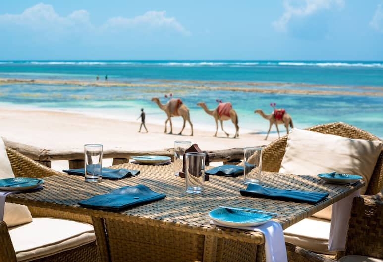 Swahili Beach Resort, Diani Beach, Poolside Bar