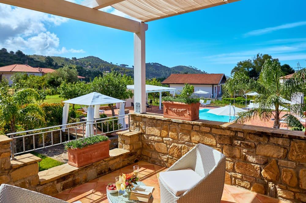 時尚套房, 1 間臥室, 熱水浴缸, 泳池景 - 客房