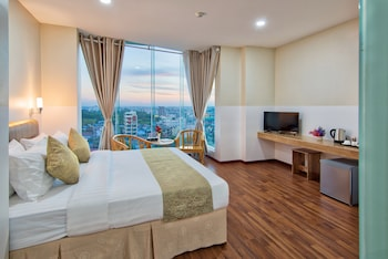 Picture of Gold Leaf Hotel in Mandalay