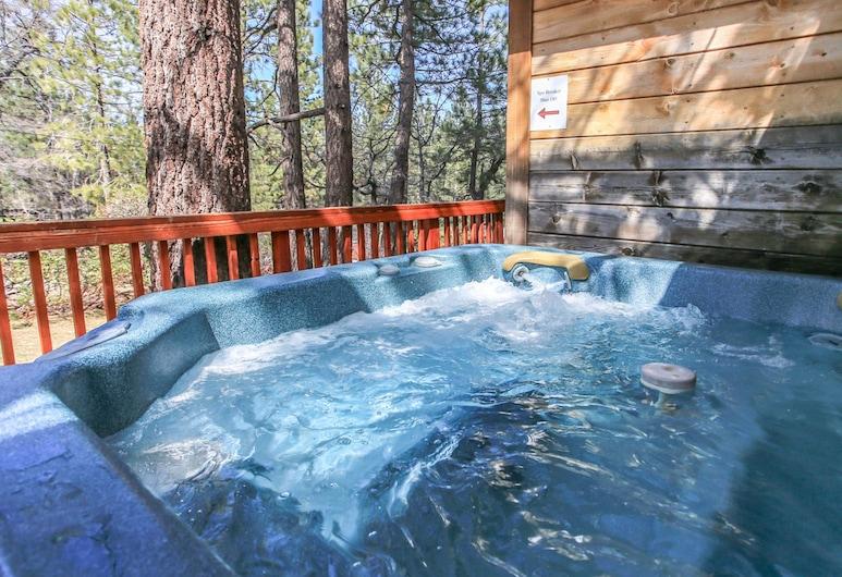 安格斯度假屋, 大熊湖, 室外 SPA 浴池