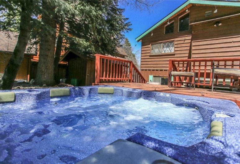 阿瓦隆酒店, 大熊湖, 室外 SPA 浴池