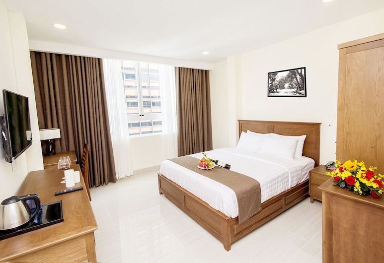 Sai Gon Park Hotel, Ho Chi Minh City, Deluxe Room, Living Area
