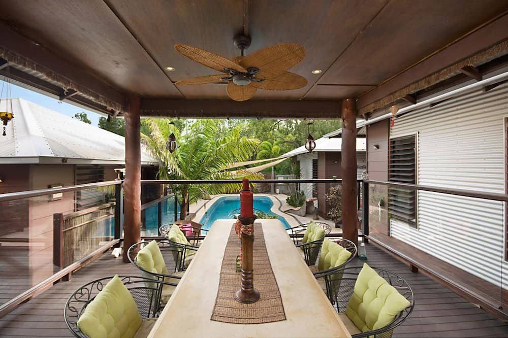 Superior Villa, 4 Bedrooms, Private Pool, Garden View - In-Room Dining