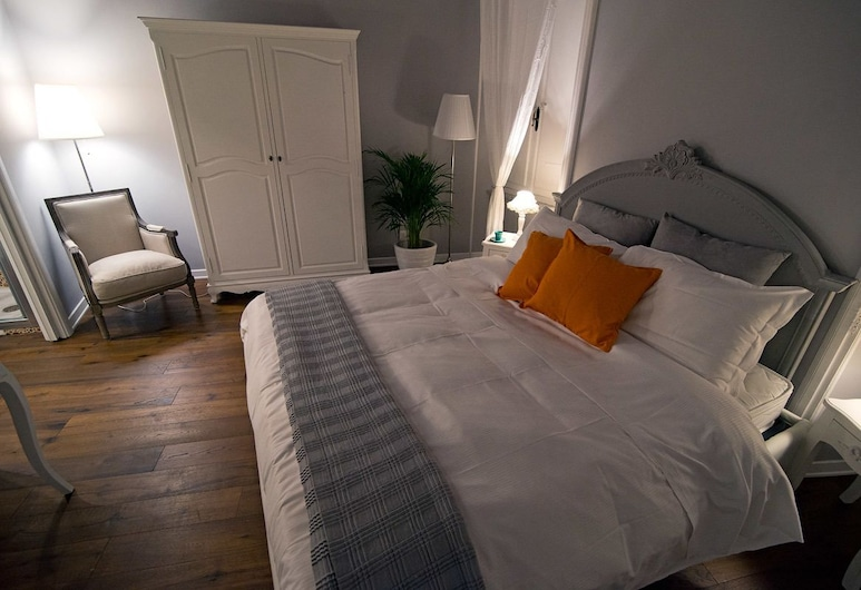 Relais Babuino 124 , Rome, Comfort Double Room Single Use, City View, Guest Room