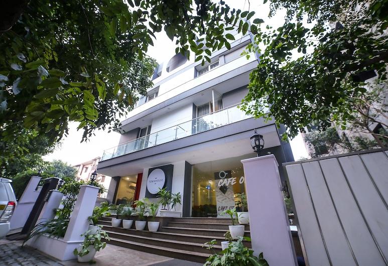 OYO Townhouse 033 Siri Fort, New Delhi
