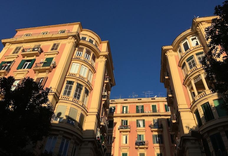 Santa Caterina B&B, Naples, Courtyard