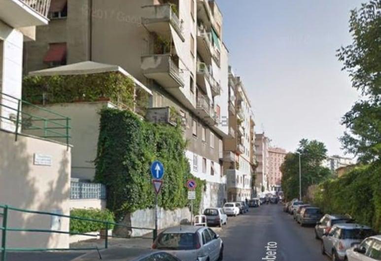 Ninuphar Maison, Roma, Vista frontal de la propiedad