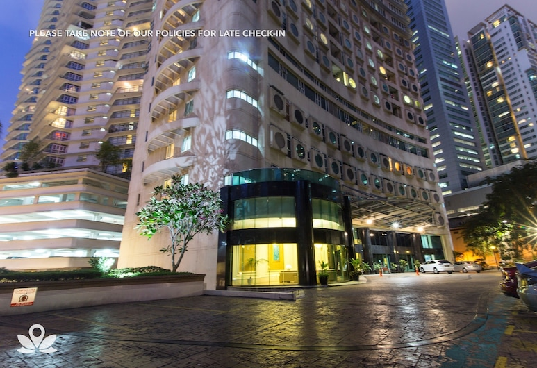 ZEN Home Parkview KLCC, Kuala Lumpur, Front of property - evening