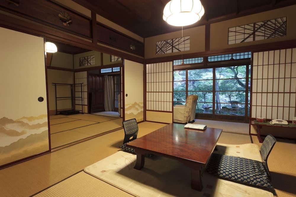 Sakura 2 - Balcony View