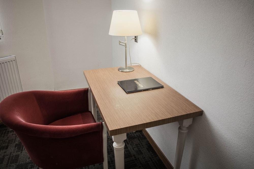 Standard Double Room Single Use, Accessible, Smoking - Lanai