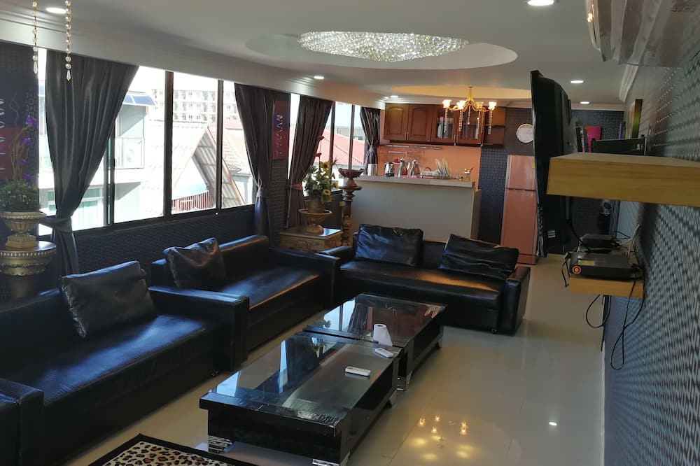 Panoramic Apartment, 2 Bedrooms, Kitchenette - Living Area