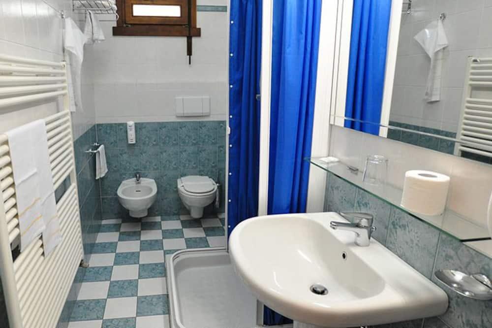 Classic - kahden hengen huone, Kaupunkinäköala - Kylpyhuone