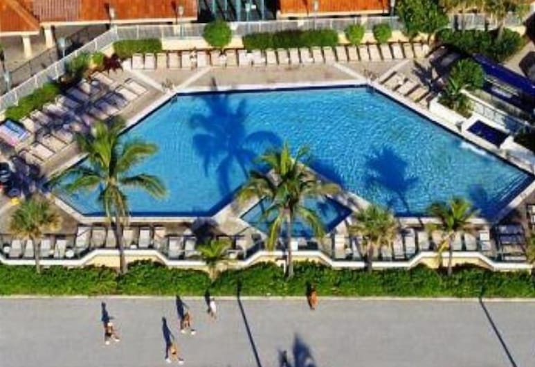 Hollywood Beach Resort- Ocean Front Studio, Hollywood