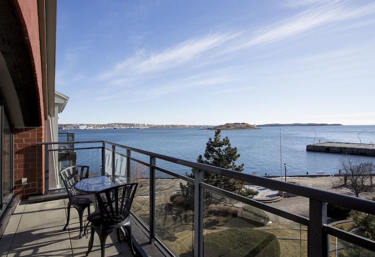 Moore Suites - Bishop's Landing, Halifax, Executive Condo, 1 Bedroom, Kitchen, City View, Terrace/Patio