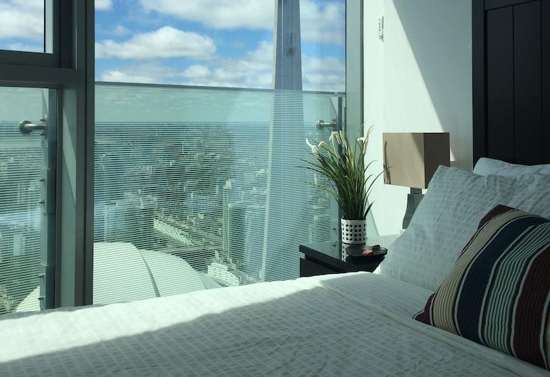 iHost Suites, Toronto