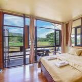 Bangalow with Lake View - Oda