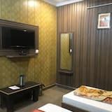 Family Triple Room, Multiple Beds - Living Room
