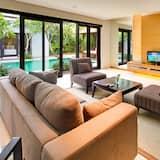 Exclusive Villa, 3 Bedrooms (Private Pool & Kitchen) - Bilik Rehat
