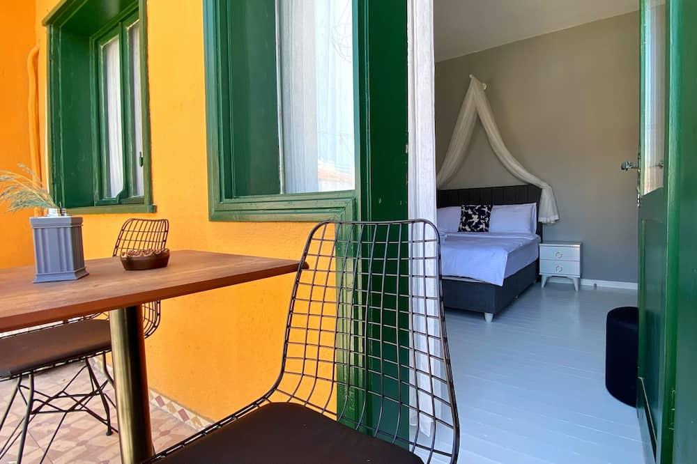 חדר דה-לוקס, מרפסת, נוף לעיר - מרפסת