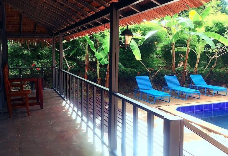 Phi Phi Sea and Hill, Ko Phi Phi, Pool