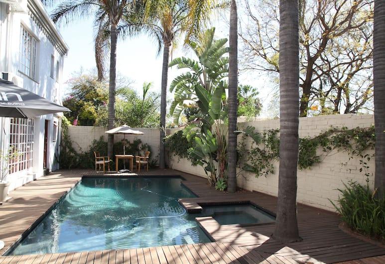 Village Ridge Boutique Hotel, Pretoria, Outdoor Pool