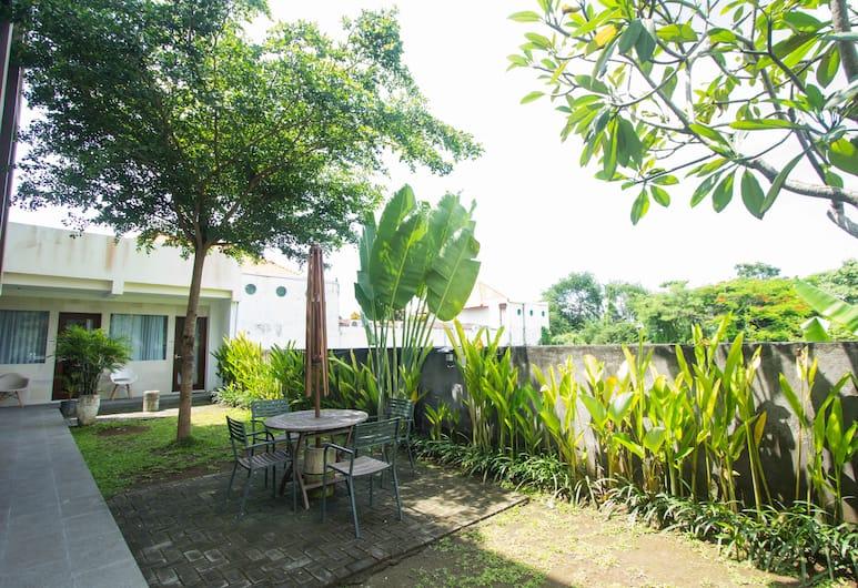 水明漾索拉亞公寓酒店, 水明漾, 庭園