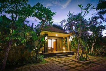 Picture of Candra Guest House in Denpasar