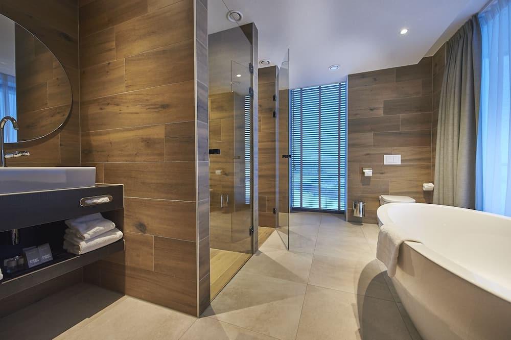 Superior Family Room - Vonios kambarys
