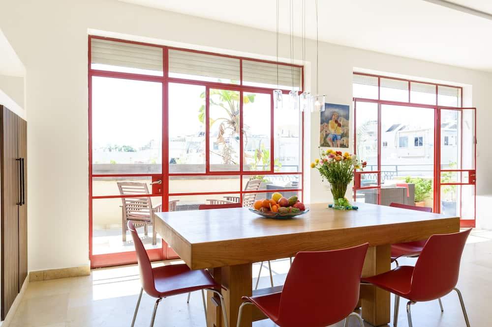 Premium penthouse, 4 slaapkamers, Uitzicht op de stad - Eetruimte in kamer