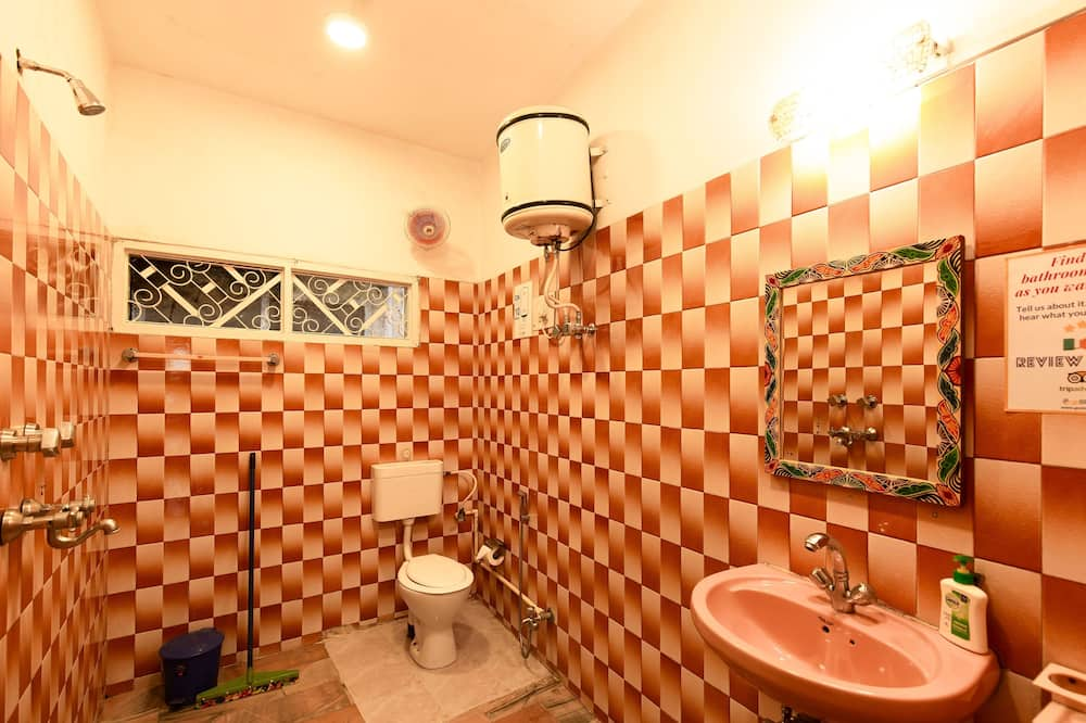 共用宿舍 - 浴室