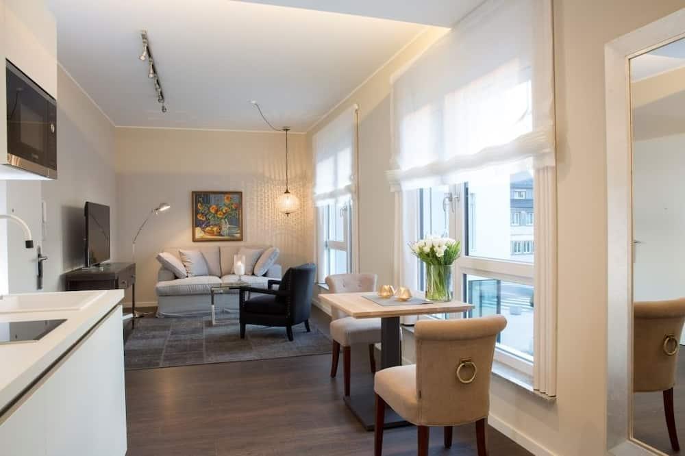 Phòng Suite Executive - Ăn uống tại phòng