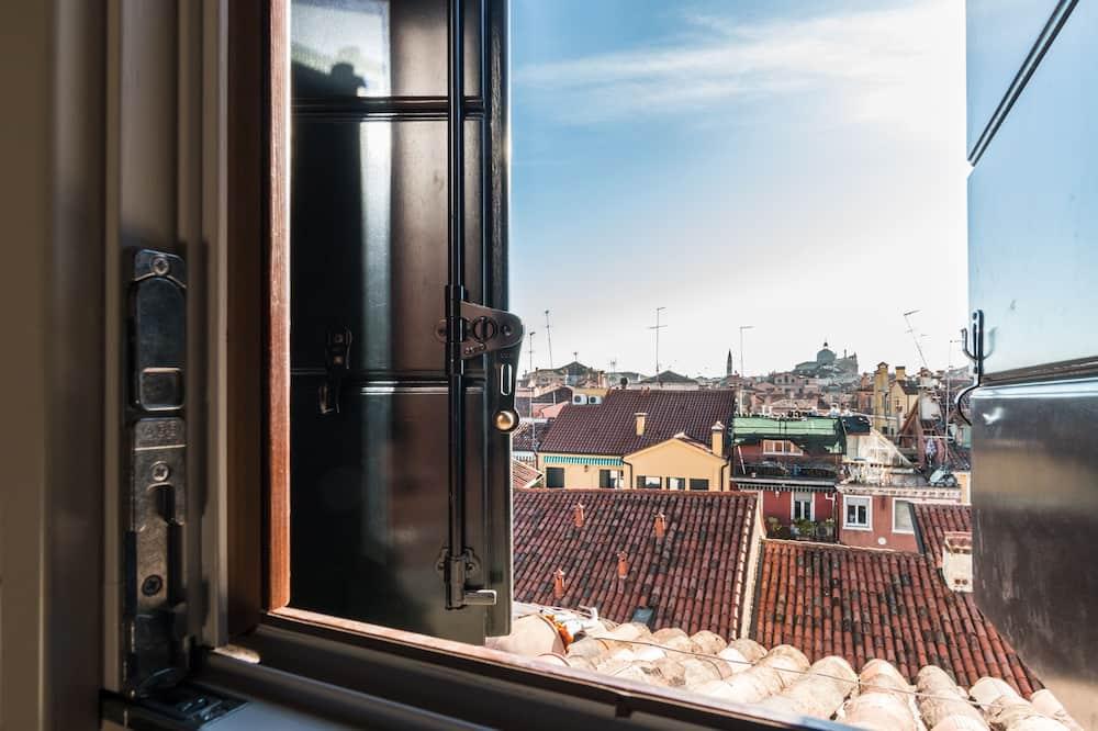 إطلالة الغرفة
