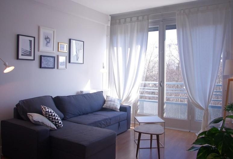 Btobed Le Garibaldi, Lyon, Premium Apartment, Private Bathroom (Le Scandinave), Living Room