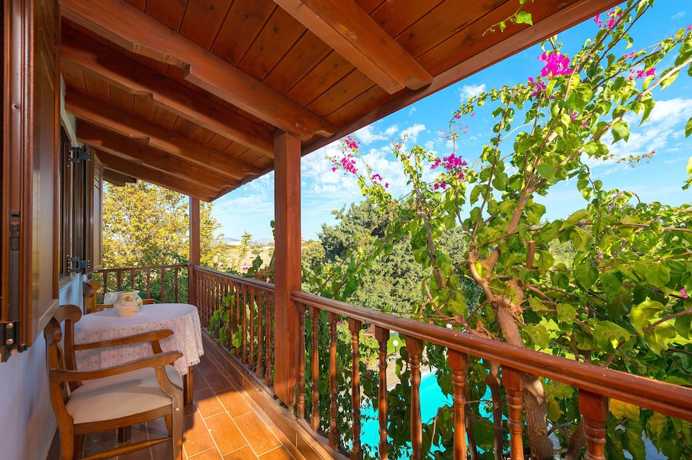 Villa, 5 habitaciones, piscina privada - Balcón