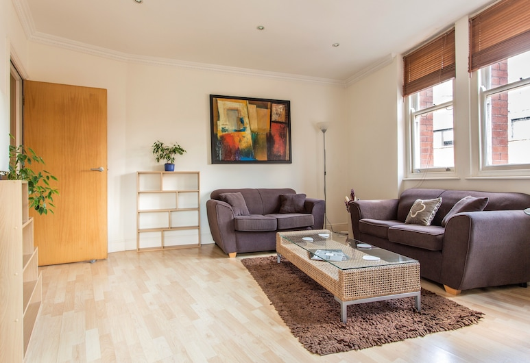Urban Stay Astral House Apartments, London, Premier Apartment, 1 Bedroom, Living Room