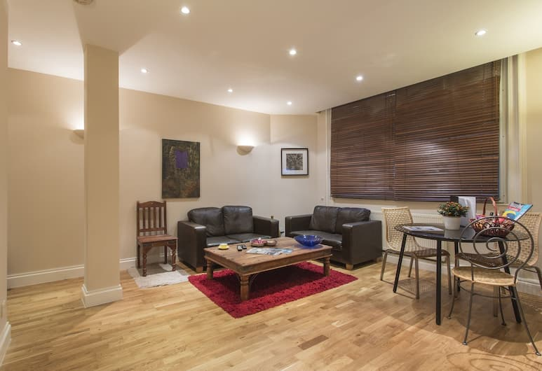 Urban Stay Liverpool Street Apartments, London, Premier Apartment, 1 Bedroom, Bilik Rehat