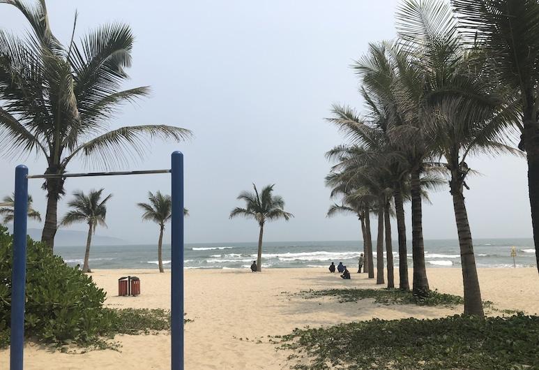 無限住宅飯店, 峴港, 海灘