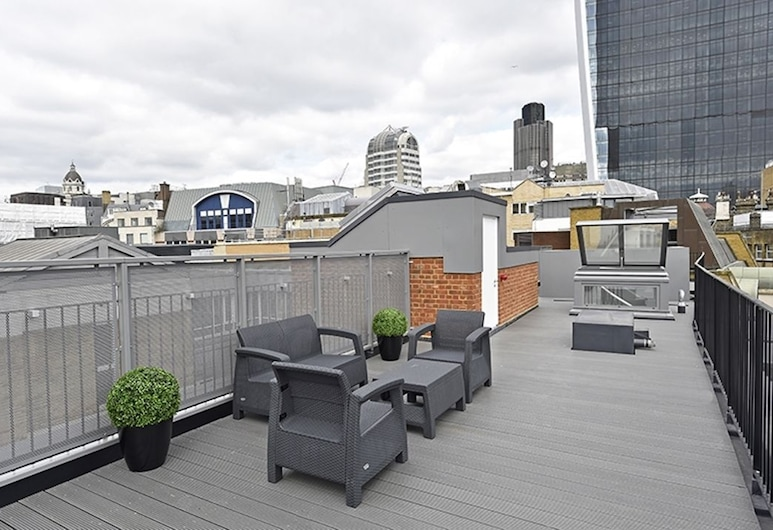 Urban Stay Lovat Lane Apartments, London, Luxury Penthouse, 3 Bedrooms, Kitchen, City View, Terrace/Patio
