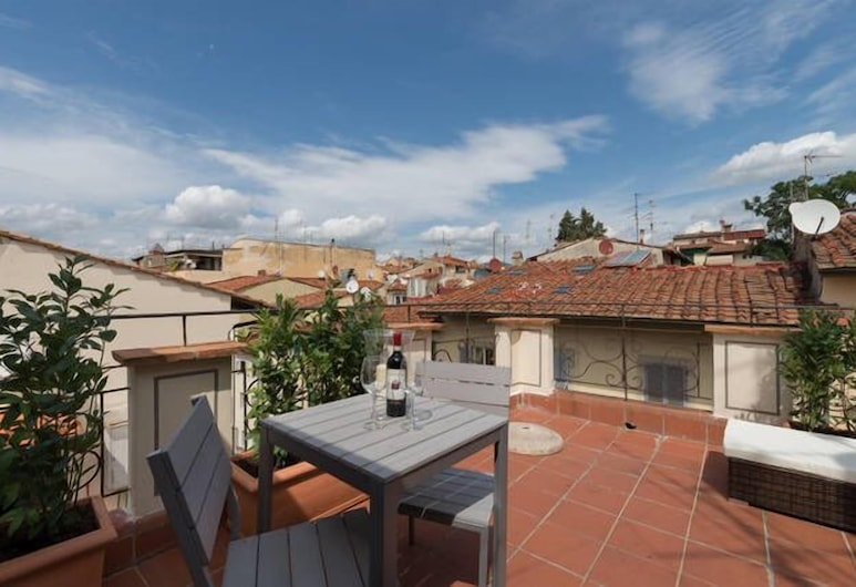 Attic up on Florence, Florence, Apartment, 1 Bedroom, Terrace/Patio