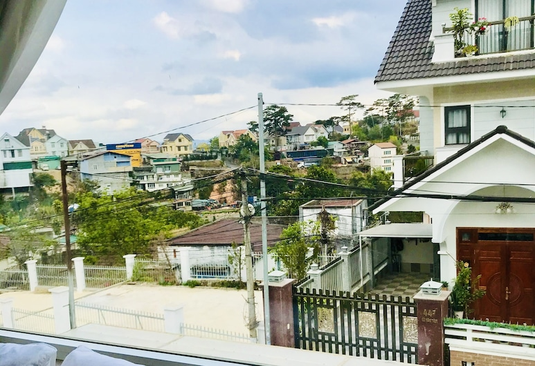 Zodiac House, Da Lat, Basic Double Room, Hill View, Street View