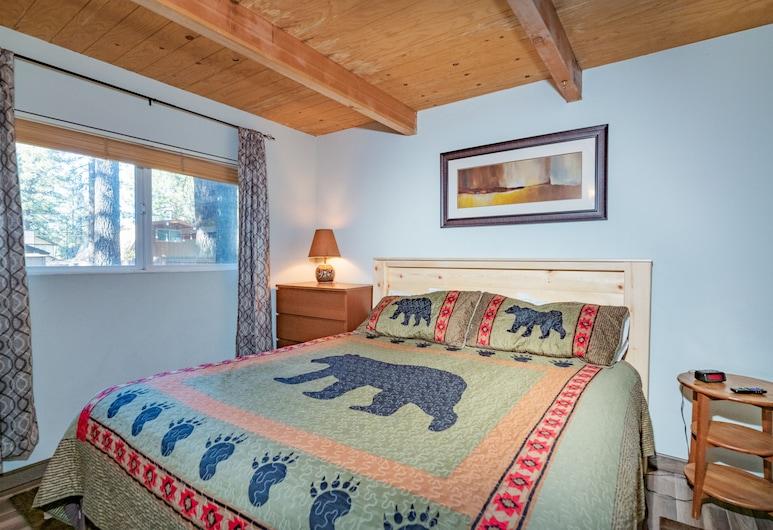 Moonridge Hideaway - Free Bike/kayak Rental! - 2br/1ba/walk to Slopes/wifi/cozy Fireplace, Danau Big Bear