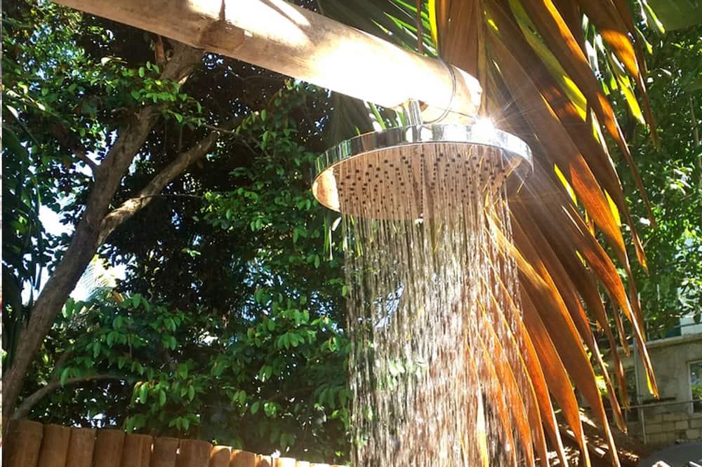 Paaugstināta komforta divvietīgs numurs (aircon) - Vannasistabas duša