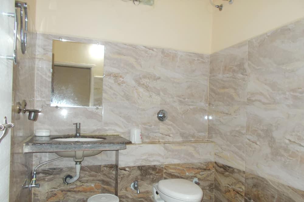 Quarto Twin Deluxe, 1 cama de casal, Acessível, Casa de Banho Privativa - Casa de banho