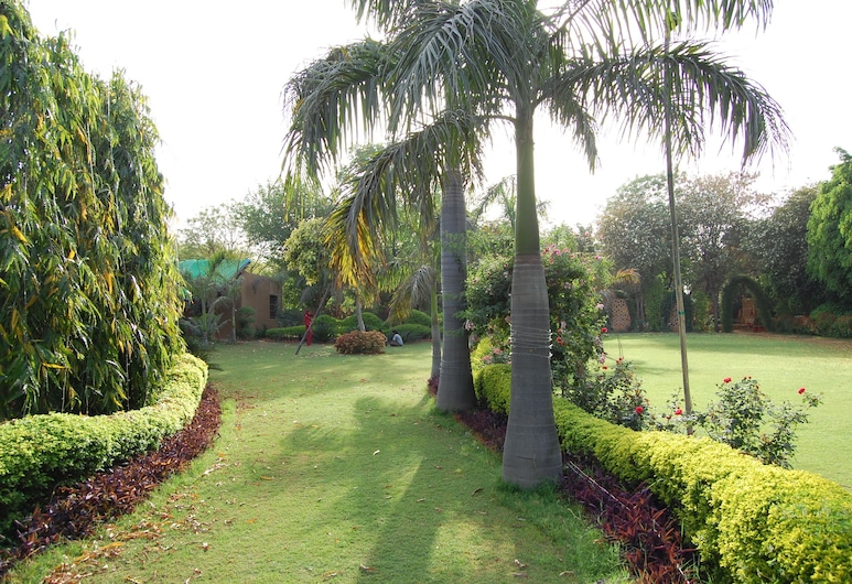 Surjivan Resort, Taoru, Enceinte de l'établissement