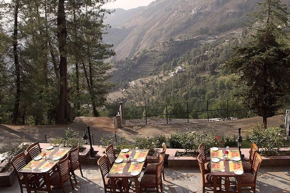 Ресторан під відкритим небом