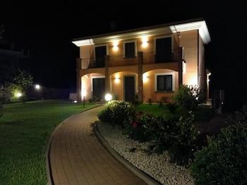 Acireale — zdjęcie hotelu Villa Feluchia
